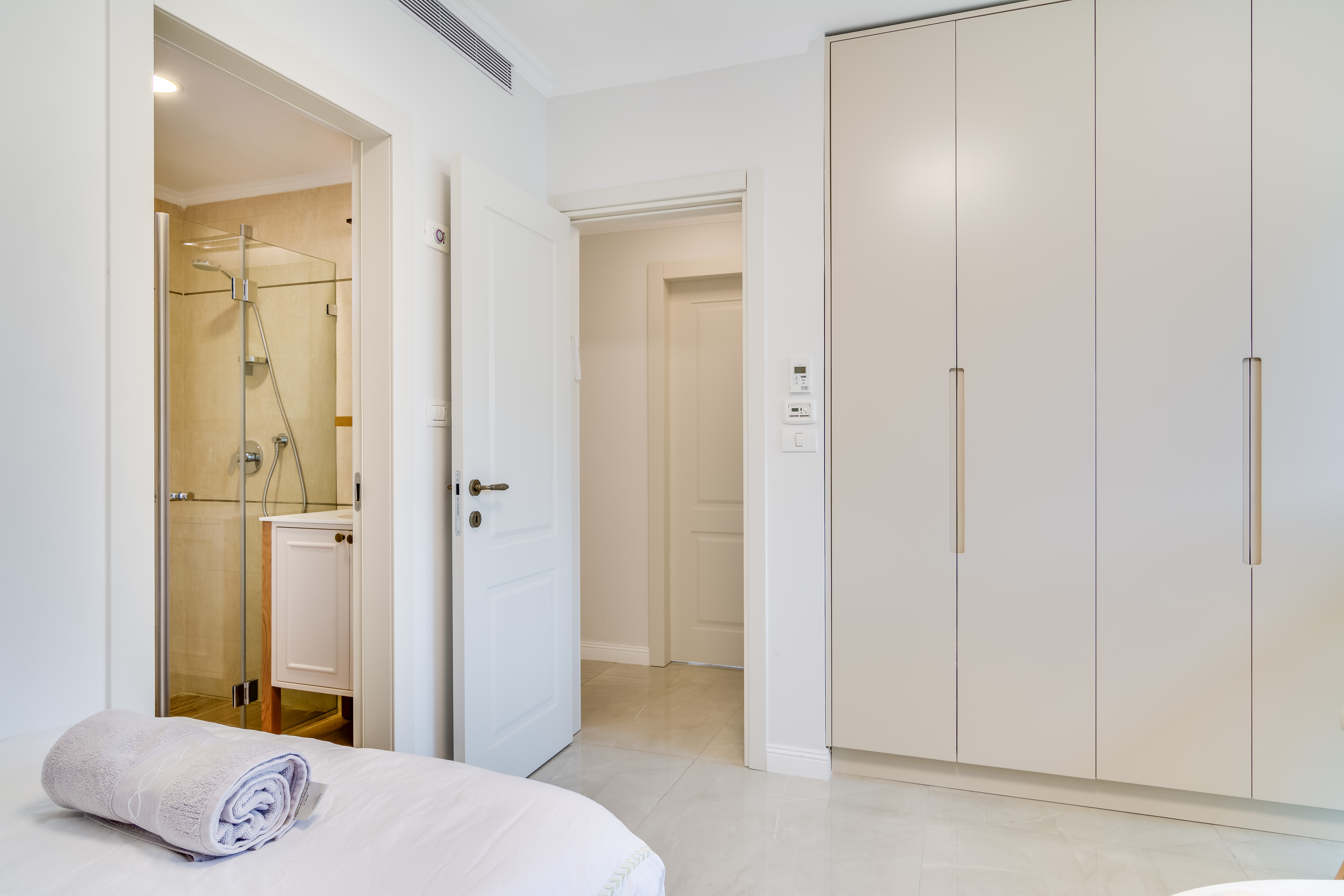 Bedroom 3- Ensuite- Entrance-